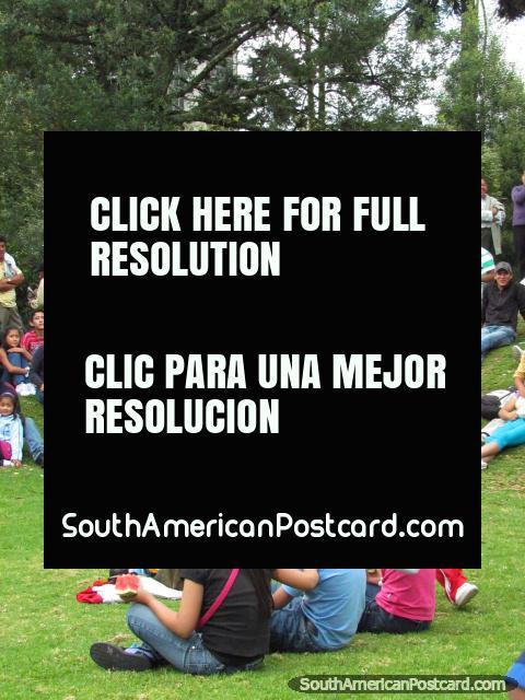 Entertainment for kids in Quito park El Ejido. (480x640px). Ecuador, South America.