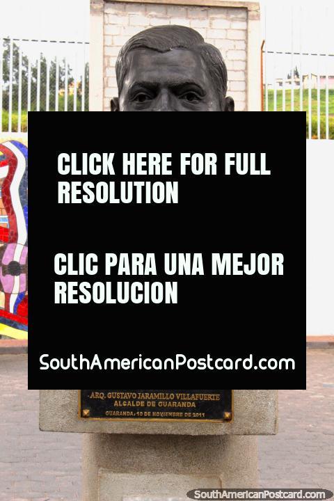 Manuel Antonio Badillo Villagomez, founder of Guaranda, bust in town. (480x720px). Ecuador, South America.