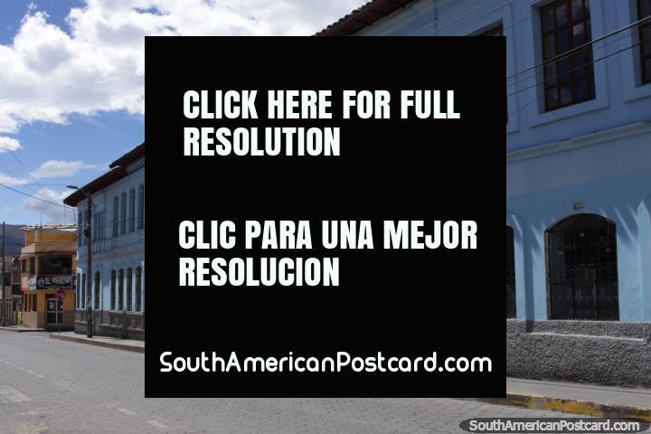 Colégio de Santa Luisa de Marillac em Machachi. (720x480px). Equador, América do Sul.