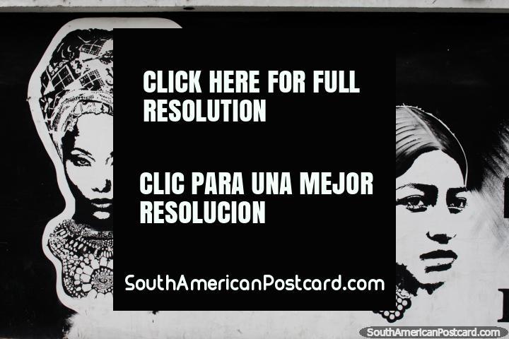 Dia internacional de Mulheres, mural de 3 mulheres em preto e branco, Esmeraldas. (720x480px). Equador, América do Sul.