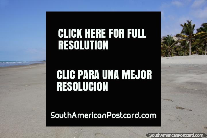Uma bela praia e totalmente desertado, El Matal 40 minutos ao norte de Canoa. (720x480px). Equador, América do Sul.