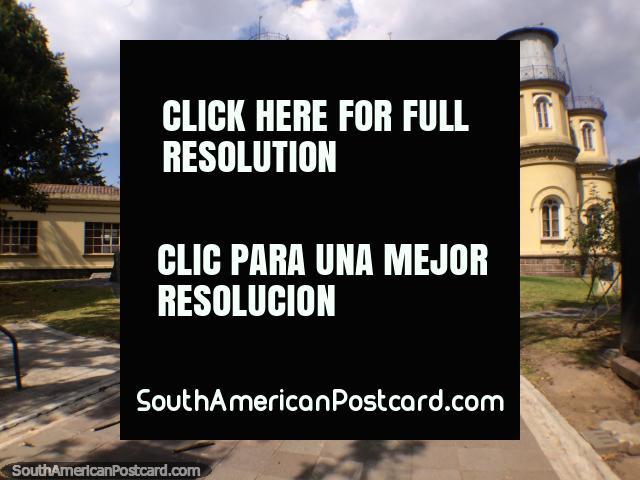 Observatorio de Astronomía de Quito, abierto de lunes a sábado, observaciones nocturnas de martes a jueves, Parque La Alameda. (640x480px). Ecuador, Sudamerica.