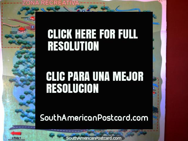 Mapa na parede do escritório em parque nacional Ybycui. (640x480px). Paraguai, América do Sul.