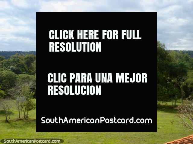Parque nacional Ybycui. (640x480px). Paraguai, América do Sul.