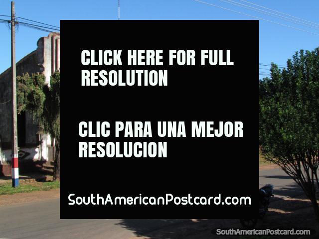 An old historic building in Santa Rosa, between Encarnacion and Paraguari. (640x480px). Paraguay, South America.