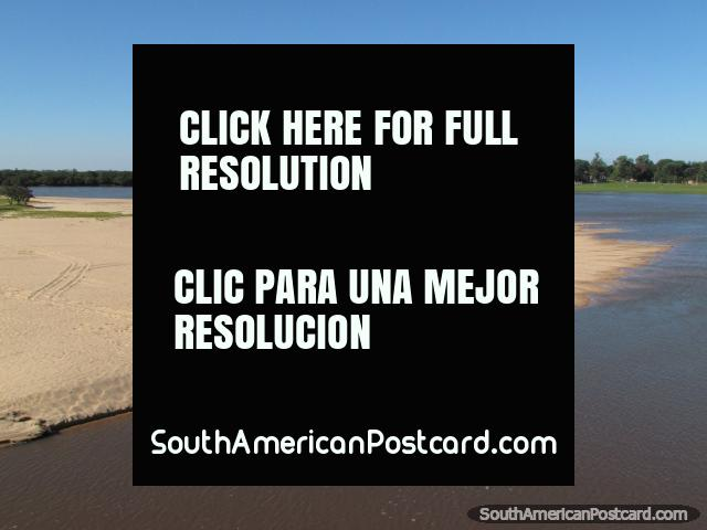 A beautiful white sandy beach on the Tebicuary River in Villa Florida. (640x480px). Paraguay, South America.