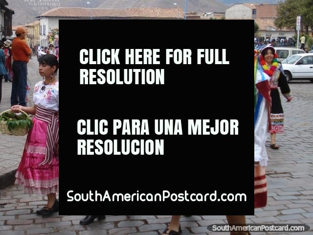The colors of Peru, women in traditional dresses and hats in Cusco celebrations. (640x480px). Peru, South America.