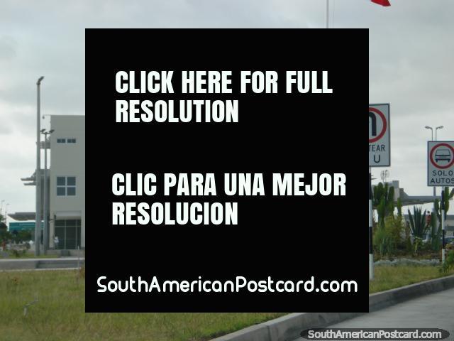 Santa Rosa passport control on the border south of Tacna. (640x480px). Peru, South America.