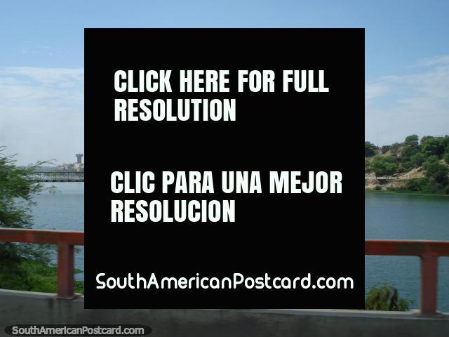 The Rio Chira river in Sullana. (640x480px). Peru, South America.