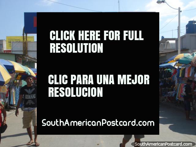 Rememorar no Peru a Aguas Verdes depois de cruzar a borda no Equador. (640x480px). Peru, América do Sul.