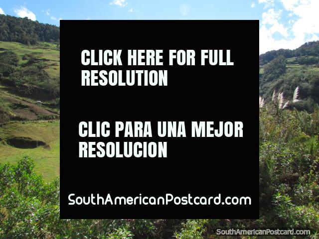 Beautiful countryside around Leymebamba. (640x480px). Peru, South America.