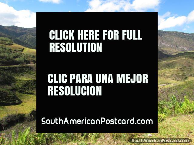 Amazing mountains and green valleys around Leymebamba. (640x480px). Peru, South America.