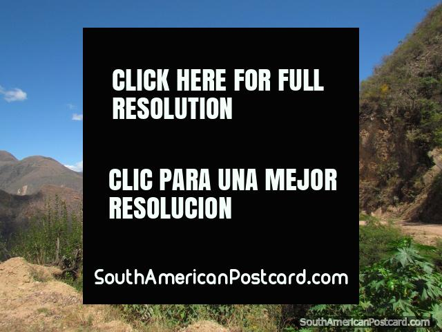 Un viaje asombroso en las montañas de Leymebamba a Celendin. (640x480px). Perú, Sudamerica.