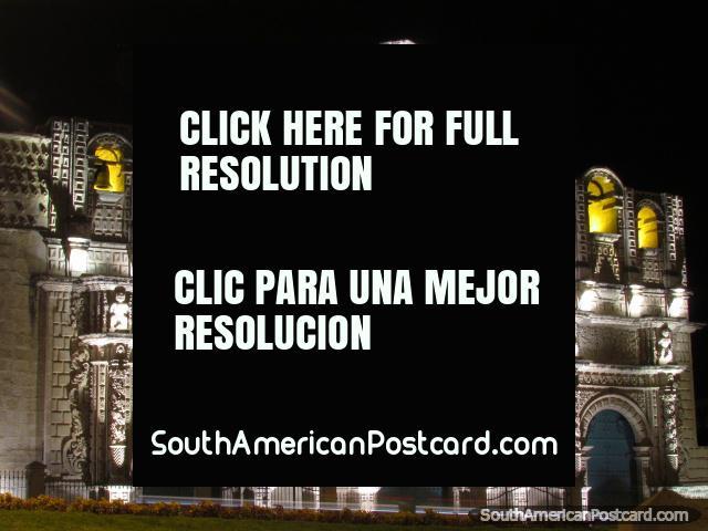 Catedral de Cajamarca a noite. (640x480px). Peru, América do Sul.