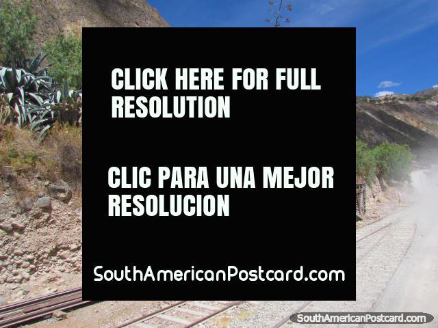 Carruagem de carril, aço e pistas entre Huancayo e Ayacucho. (640x480px). Peru, América do Sul.