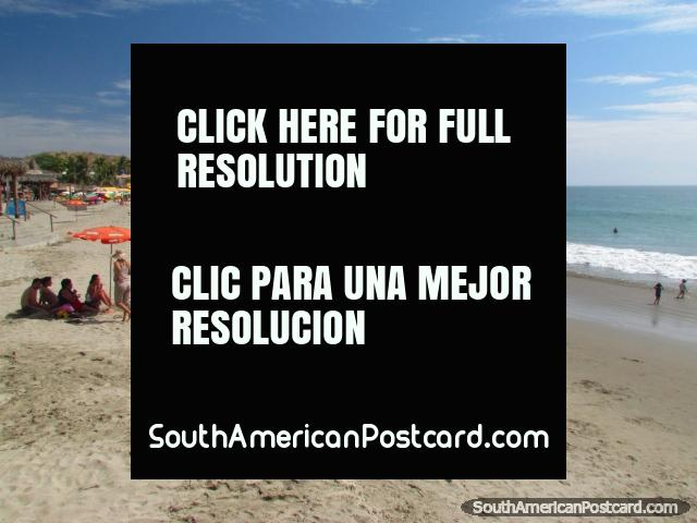 Mancora beach, looking to the southern end. (640x480px). Peru, South America.