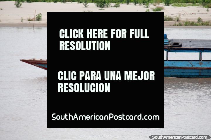 B/F El Romantico III, boat traveling the Huallaga River, around Huatape, the Amazon. (720x480px). Peru, South America.