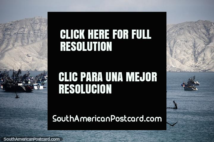 Chimbote, Peru - Port Town, Not A Bad Place At All. Chimbote is a port-town on the coast north of Lima and is not a bad place to stop and have a look around or spend the night to break the journey. There are sights along Isla Blanca Boulevard!