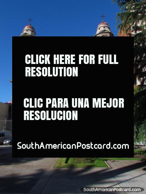 Cathedral Nuestra Senora de las Mercedes, Plaza Independencia in Mercedes. (480x640px). Uruguay, South America.