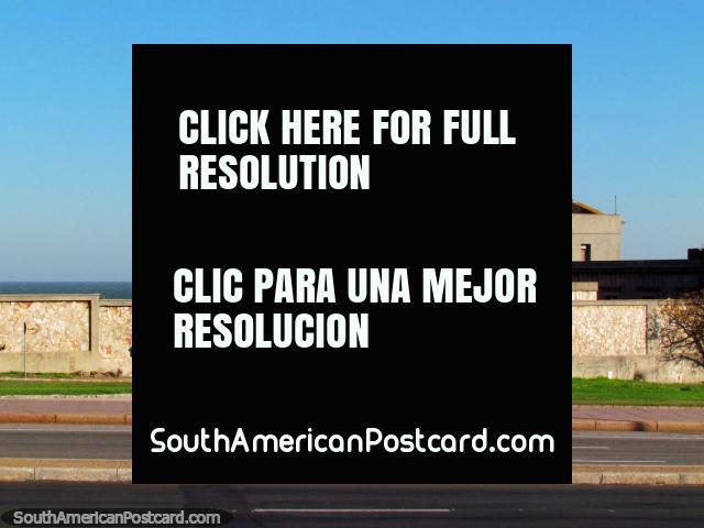 Clock tower beside the Rio de la Plata in Montevideo. (640x480px). Uruguay, South America.
