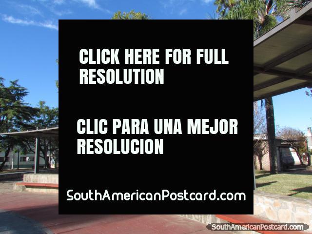 Plaza Bernabe Rivera in Tacuarembo, seating area. (640x480px). Uruguay, South America.
