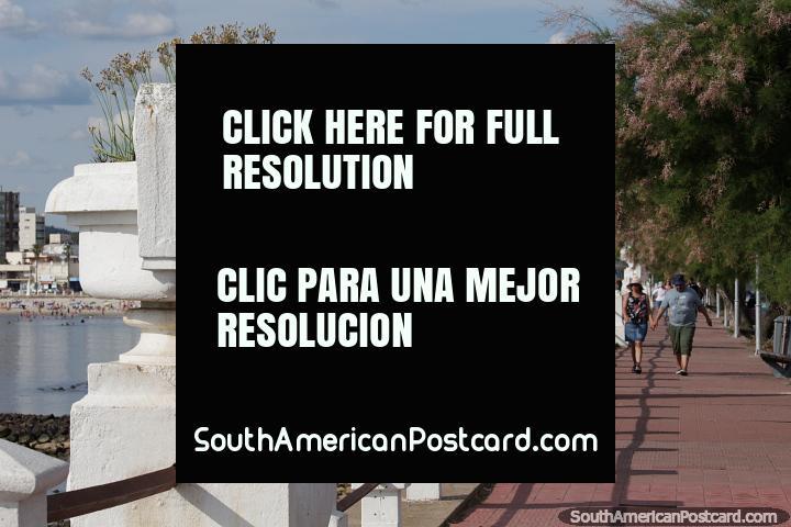 Waterfront in Piriapolis, they call it the Rambla de los Argentinos. (720x480px). Uruguay, South America.