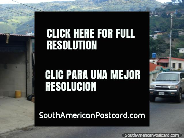 Fresh meat for sale between San Antonio and San Cristobal. (640x480px). Venezuela, South America.