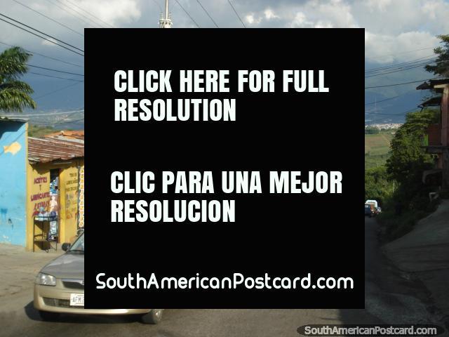 O caminho entre San Cristóbal e a borda é ocupado. (640x480px). Venezuela, América do Sul.
