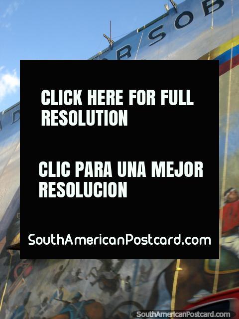 Pintura enorme en una pared en San Cristóbal del héroe Simon Bolivar. (480x640px). Venezuela, Sudamerica.