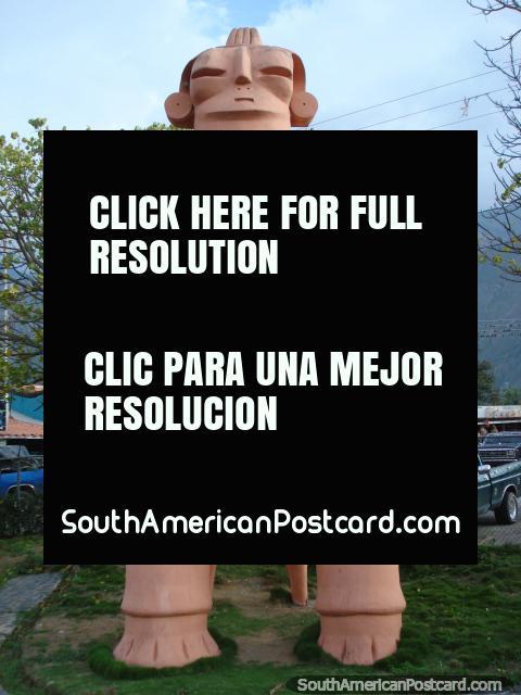 Large ceramic monument between San Cristobal and Merida. (480x640px). Venezuela, South America.