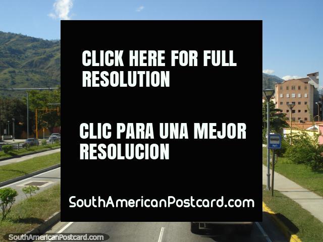 The road leaving Merida to Maracaibo. (640x480px). Venezuela, South America.