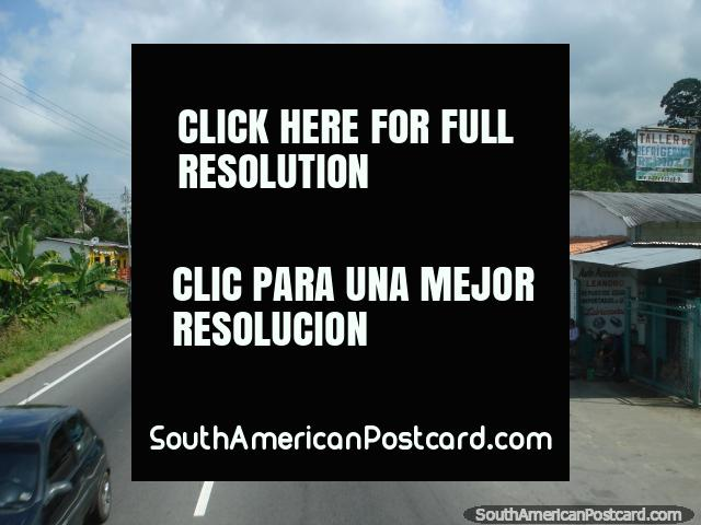 On the road through small towns northward between Merida and Maracaibo. (640x480px). Venezuela, South America.