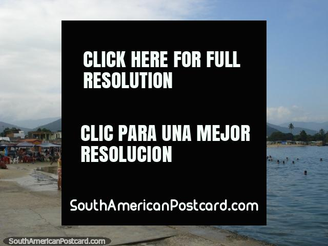 A praia em Porto Cabello. (640x480px). Venezuela, América do Sul.