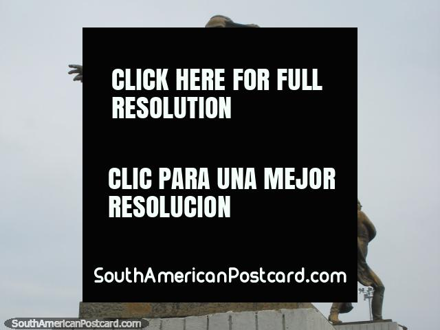 Jose Marti (1853-1895) monument, Cuban national hero and impt. figure in literature in Puerto Cabello. (640x480px). Venezuela, South America.