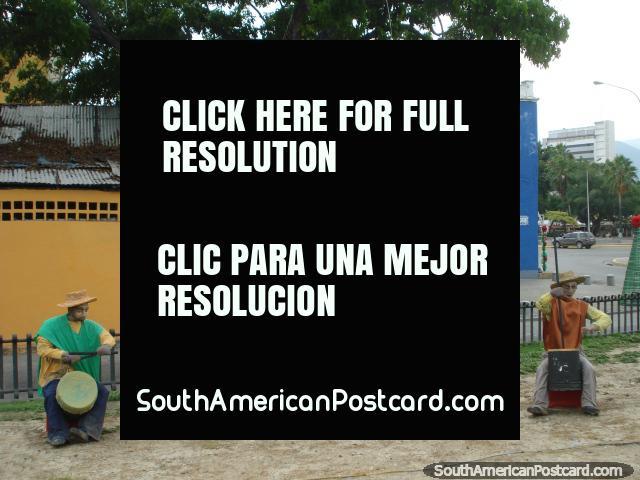 A banda tira proveito, figuras de Natal em Porto Cabello. (640x480px). Venezuela, América do Sul.