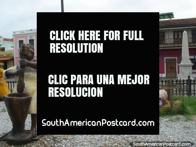 Una escena hermosa que se mezcla con los verdaderos edificios durante la Navidad en Puerto Cabello. (640x480px). Venezuela, Sudamerica.