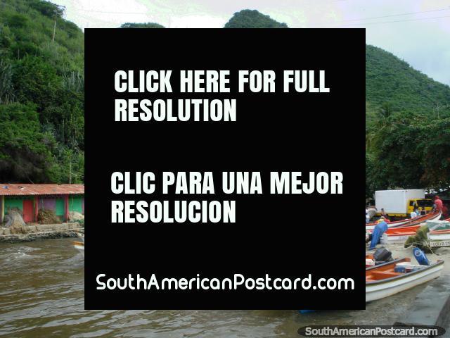A colina de cacto na Porto Colômbia tem um ponto de vigia em cima. (640x480px). Venezuela, América do Sul.