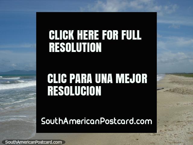 The beach looking towards the east at La Restinga on Isla Margarita. (640x480px). Venezuela, South America.