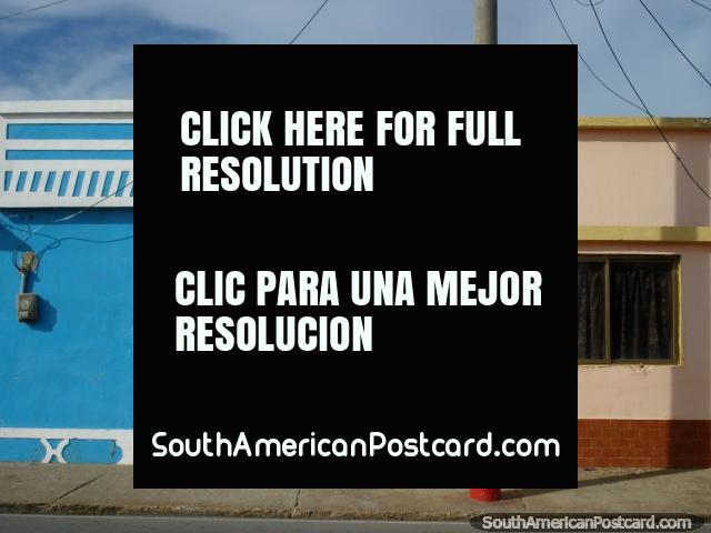 Simple pero eficaz para captura de su imaginación, las casas coloreadas en Boca de Rio, Isla Margarita. (640x480px). Venezuela, Sudamerica.