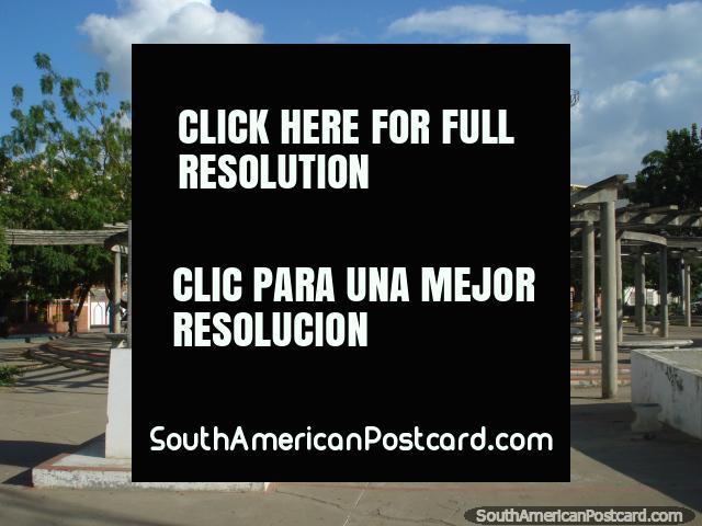 Park with monument to Jose Tadeo Monagas (1784-1868), president of Venezuela twice in mid 1800's, Puerto La Cruz. (640x480px). Venezuela, South America.