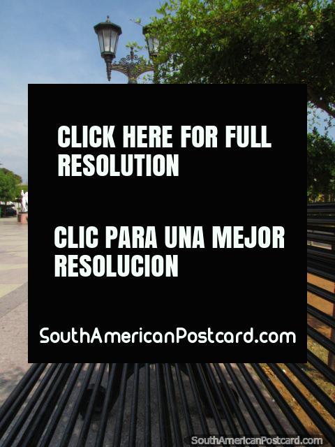 Park and fountain at Boulevard Santa Lucia in Maracaibo. (480x640px). Venezuela, South America.