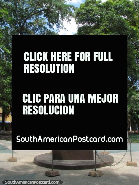 Plaza Miranda with monument in Barcelona. (480x640px). Venezuela, South America.