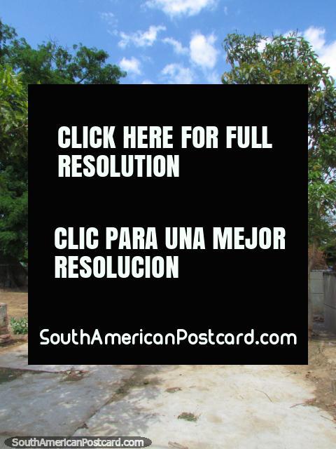 The historical Plaza San Felipe and church ruins in Barcelona. (480x640px). Venezuela, South America.
