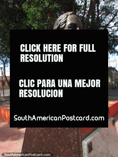 General Rafael Urdaneta (1788-1845) bust in a Coro plaza. (480x640px). Venezuela, South America.