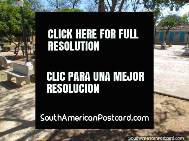 Colina municipal cerca de Coro, esto es Plaza Bolivar. (640x480px). Venezuela, Sudamerica.