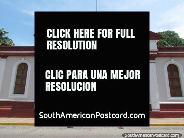 Museu de Barquisimeto, a entrada arcada no museu. (640x480px). Venezuela, América do Sul.