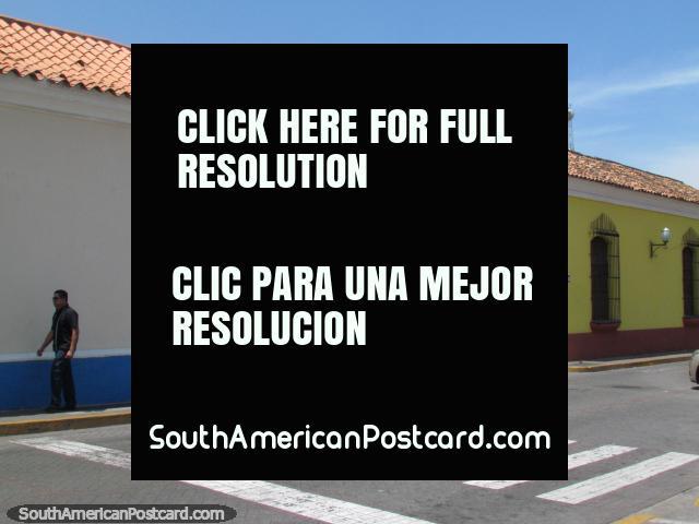 Historical buildings on a street corner in Barquisimeto. (640x480px). Venezuela, South America.