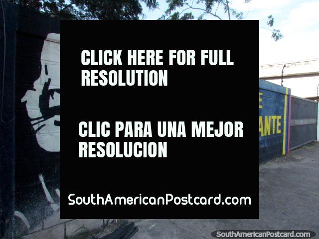 Chavez mural in Acarigua, Pa'lante Comandante. (640x480px). Venezuela, South America.