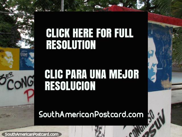 Chávez rojo, Chávez azul, Chávez amarillo, Plaza O'Leary, Barinas. (640x480px). Venezuela, Sudamerica.