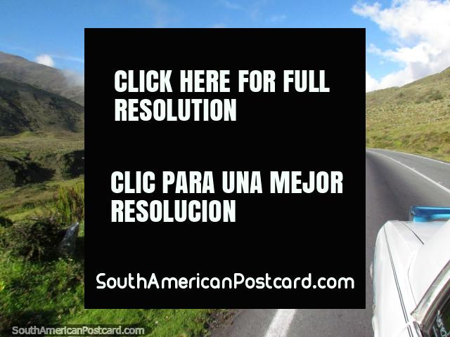 Santo Domingo to Apartaderos, 30mins in a shared car. (640x480px). Venezuela, South America.